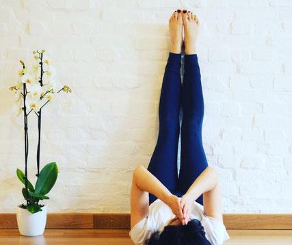 Meine Liebeserklärung an Viparita Karani MOMazing Mama Mami Yoga Blog