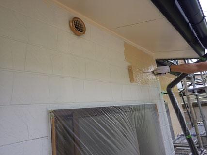 外壁中塗り工程