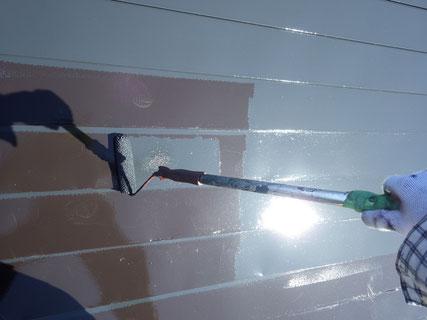 盛岡市屋根上塗り中