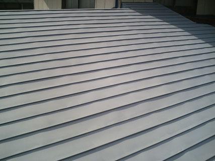 矢巾町屋根、サビ止め塗装後