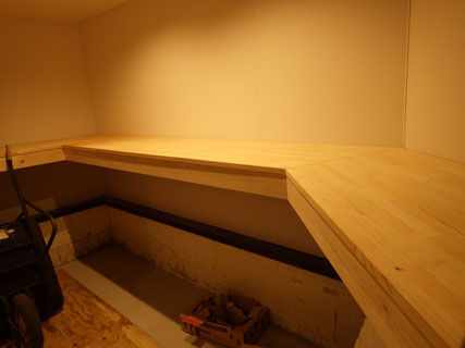 木製カウンター塗装前