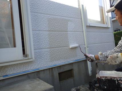 盛岡市外壁中塗り