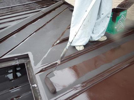 盛岡市屋根中塗り塗装
