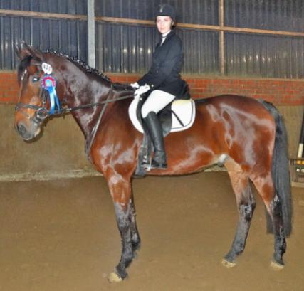 Auf dem Reitertag in unserem Verein, 07.12.2013,  kam Chiara mit Rigo im ERW auf den 4.Platz, Wertnote 7,2.