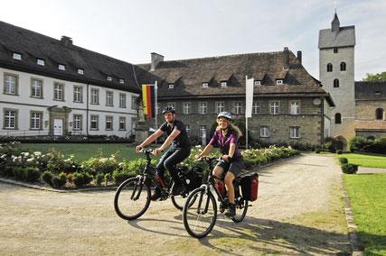 Radfahrer in Gehrden © Kloster-Garten-Route / Frank Grawe