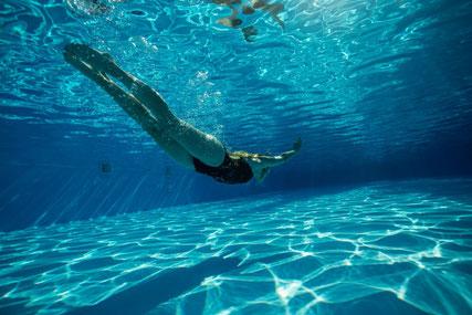 こんな風に泳げたら・・・!!