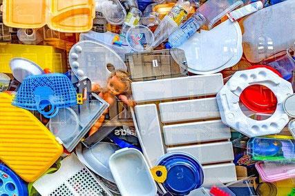 Clutter waste.