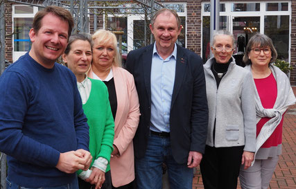 v. l. Thiemo Röhler (MdL), Mona Leukhardt, Gabriele Prönnicke, Harald Zahrte, Beatrix Bodanowitz, Barbara Schätzke