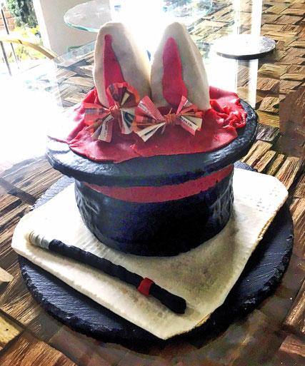 Torte Hase im Zylinder Zauberer Zauberina