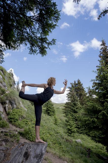 Sandra Schönmann samiya yoga