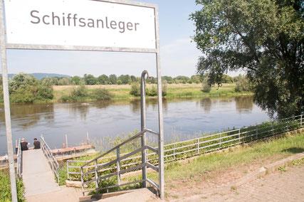 Schiffsanleger an der Weser © Menacher
