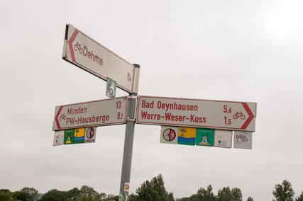 Die Radwege in und um Bad Oeynhausen sind gut ausgeschildert © Menacher