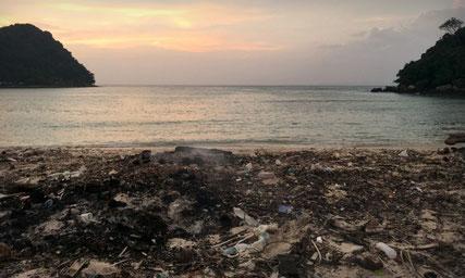 plastic pollution Phi Phi Islands