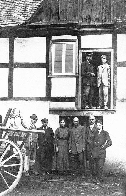 Momentaufnahme aus einem Müllerleben (links oben: Franz Sternberg jr.