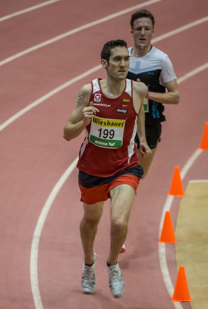 Andreas Vojta ca. 450m vor dem Ziel, noch knapp vor Hans-Peter Innerhofer