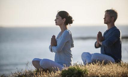 http://refreshmedicalcenter.com/wp-content/uploads/2016/05/hermandadblanca_org_meditacion.jpg