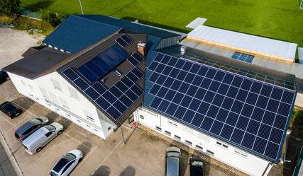 Die Photovoltaikanlage wurde von der Firma iKratos installiert.