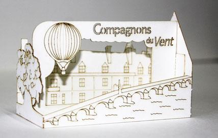 Cartes de visite en découpe et gravure laser dans du papier 400g/m² pour une compagnie vendant des tickets de montgolfière