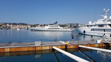 Grand Wings Luxury Chauffeurs no Algarve,perfeito para ir as excursões ou ir as compras,melhor transporte em Portugal.
