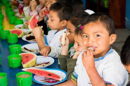 Schulessen in Guatemala