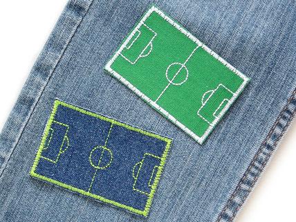 Bild: Fußballfeld als Flicken zum aufbügeln, Bügelbild Fußballplatz, Fußball Aufnäher