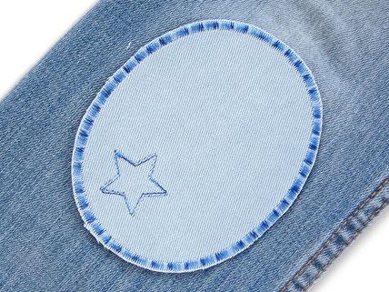 Bild: hellblaue Flicken zum aufbügeln für helle Jeanshosen, ovale Bügelflicken, helle Hosen mimt Flicken reparieren