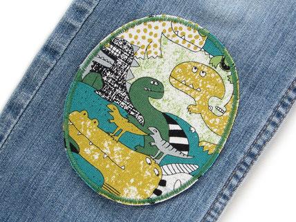 Bild: Knieflicken für Kinder mit Dinosauriern, Dino Bügelflicken, Hosenlöcher schnell mit Flicken zum aufbügeln reparieren