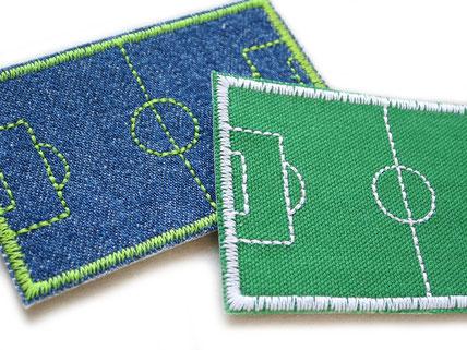 Bild: Fußballfeld Fußballrasen als Aufnäher zum aufbügeln, Fußball Bügelbild Hosenflicken