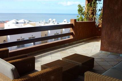 Blick auf das Meer vom großen Balkon der Wohnung in Pal Mar.