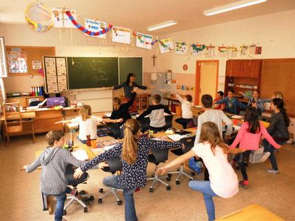 """Workshop: """"Lernen lernen"""" mit Roswitha Hafen an der Volksschule Stallhofen"""