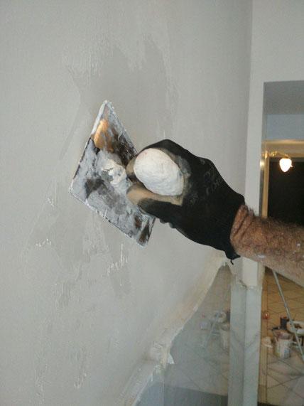 Pintors Barcelona Pintores. Precio alisado de paredes