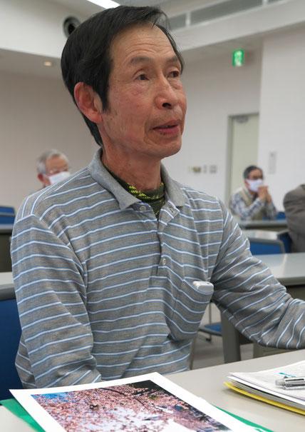 田原支部の例会に参加する松井さん