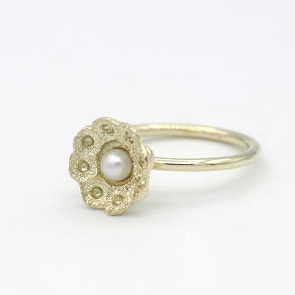 zeeuws ring goud met parel, zeeuwse sieraden