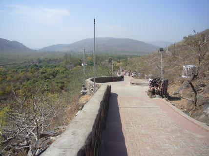 霊鷲山ビンビサーラ王の参道