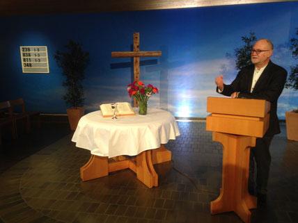 mit Pfarrer Hardy Meyer und der Partnerkirche Lausen