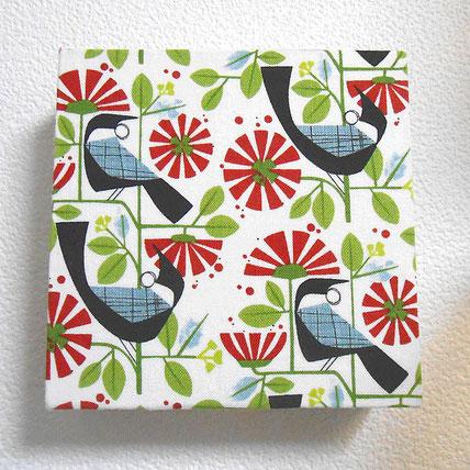 トゥイのファブリックボード(※ニュージーランドの鳥)