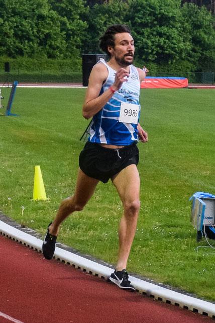 Andreas Keil-Forneck kratzt beim Putbos Meeting im belgischen Oordegem an seiner 3000 m Bestzeit