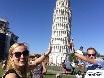 Scheve Toren van Pisa overeind houden