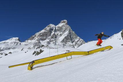 Snowboard Indian Park Breuil-Cervinia