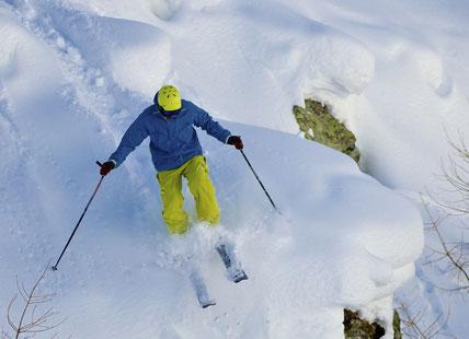 Freeride skiing cervinia
