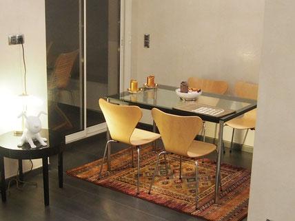 Nice Centre-Luxe-Terrasse - Coin salle à manger, de nuit