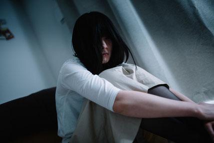 奈良県香芝市の肩の痛みで眠れない女性