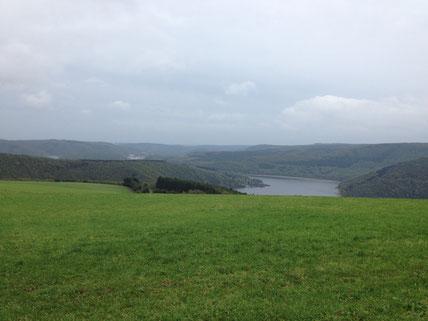 Rursee. Ferienwohnung Einstein Stolberg-Vicht, Eifel, Region Aachen, Nationalpark Eifel, Wanderungen, Urlaub für Familien (auch mit Hund)