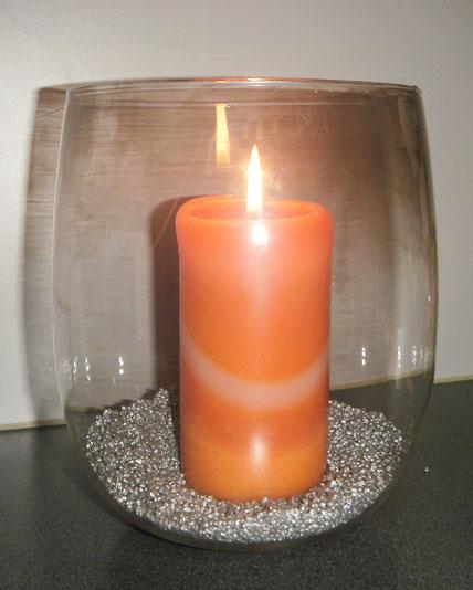 candela nel vaso