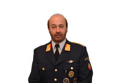 Heinz LACKNER, Feuerwehrfrau