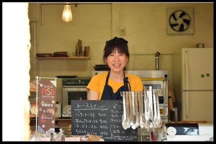 ベーカリーカフェ『チョコシナ』の店内写真