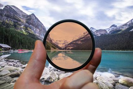 ネガティブ思考|起きた現象を色眼鏡で見ることでの思い違いが多い