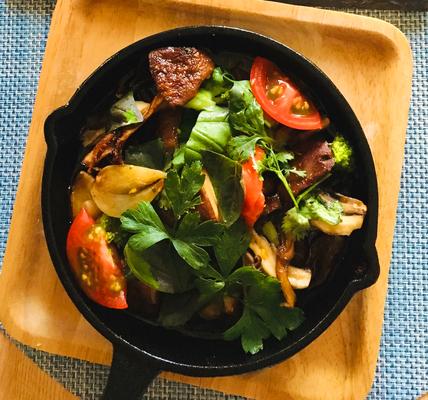野菜とキノコのアヒージョ(ajillo)
