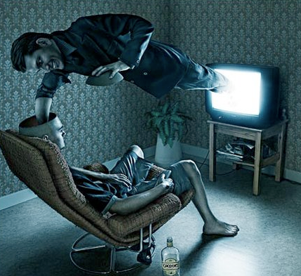 televisione che ipnotizza chi la guarda