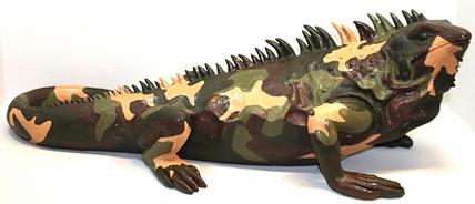 Leguan camouflage, Polyresin, 140cm